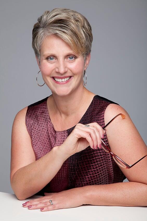 Dr. Laura James Head Shot